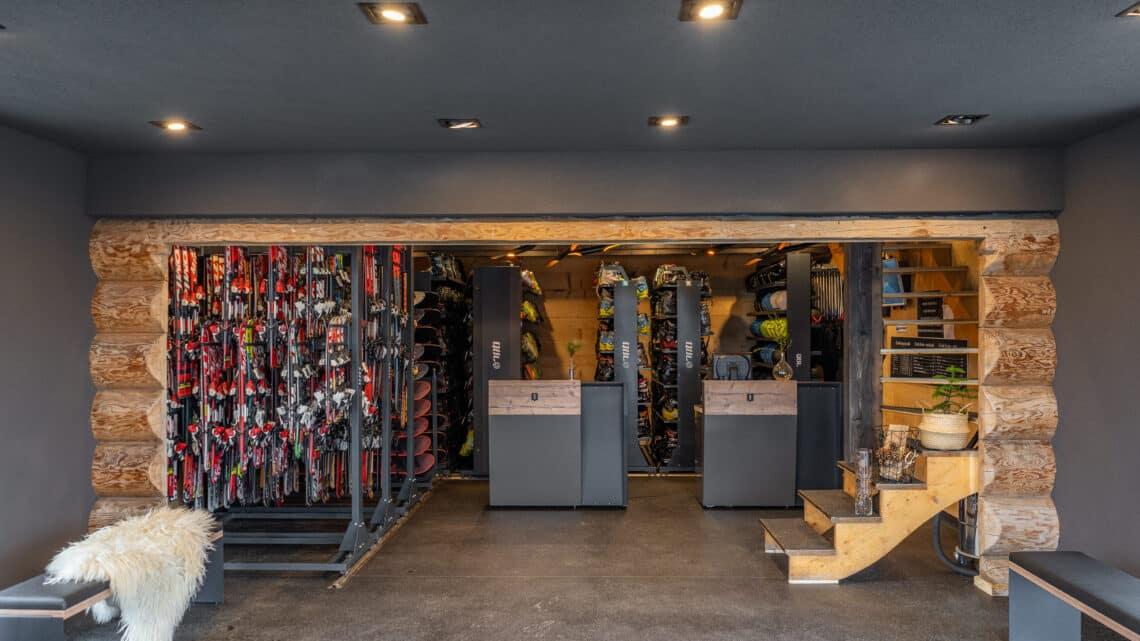 przechowalnia sprzętu narciarskiego